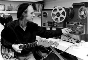 Brian-Eno-04